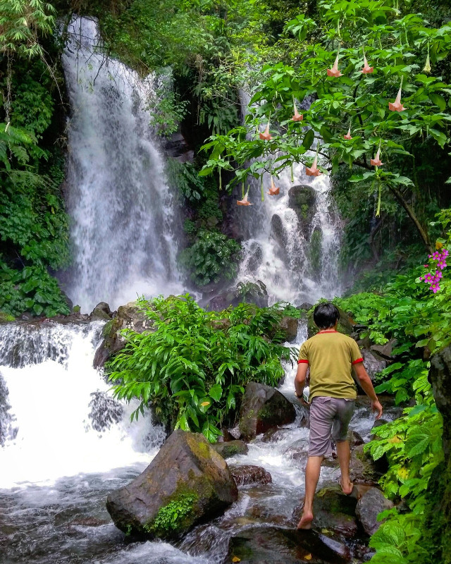 walk with me!:) #travel #philippines #nature #falls #wppnature
