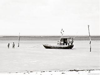 blackandwhite boat sea hdr monochrome