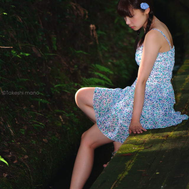 #woman #womanportrait #portrait #portraits #portraitphotography #japan #summer #light #lights #shadow #shadows